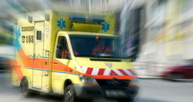 Osmiletý kluk, kterého srazilo ve čtvrtek ve Frýdku auto, zemřel. Ilustrační foto