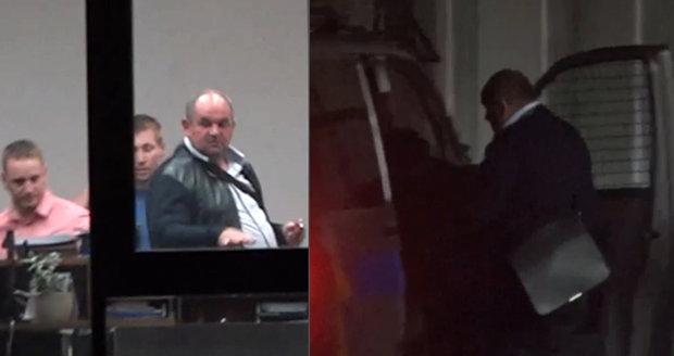 Policie vyslýchá předsedu FAČR Miroslava Peltu