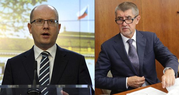 Sobotka varuje: Po uprchlících může štvát AfD proti Čechům. Babiš se pustil do socialistů