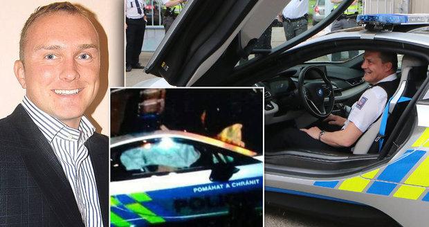 Nehoda superžihadla BMW: Policistu po mrtvici už vzbudili a sám dýchá