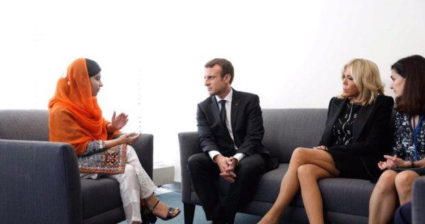 """""""Vulgární"""" Macronová: První dáma Francie to schytala za krátkou sukni"""