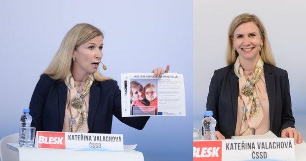 Valachová (ČSSD) proti přesile: Kvůli inkluzi mávala fotkami postižených dětí