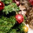 5 praktických rad, jak udržet stromeček svěží přes celé svátky