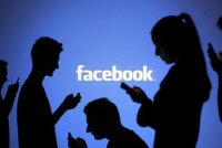 Spor s Facebookem kv�li cenzu�e: �ensk� kl�n u soudu!