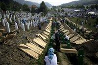 Na masakru stovky bosenských Muslimů se podíleli i Nizozemci, potvrdil soud