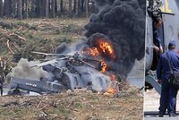 Bitevn� vrtuln�k v Rusku vybuchl nedaleko tribun s div�ky. Jeden z pilot� zem�el