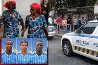 Strach z uprchlíků: Češi volali policii na fotbalisty i sběrače chmelu