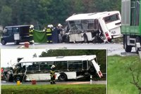 Kamion rozmačkal autobus na Domažlicku: Autobusák nepřežil