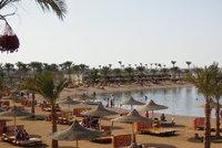 Strach po pádu letadla: Češi se bojí jezdit do Egypta, kupují méně zájezdů