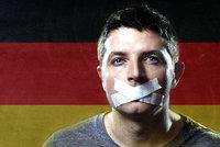 """Rasistické příspěvky mají """"peška"""". Facebook najímá v Německu """"mazače"""""""