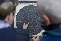 Na vysokou školu se zbraní za pasem: Univerzita ve Virginii staví střelnici