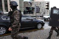 15 kilo v�bu�nin, sebevra�edn� vesty: Turecko zadr�elo mo�n� teroristy