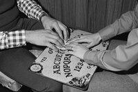 Vyvolávání duchů aneb hra Ouija! Pozor, zahráváte si s černou magií!