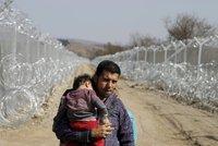 Makedonie dala migrantům stopku: Přes hranice nikdo nesmí!