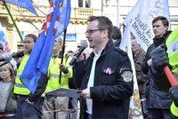 Extremistu Bartoše chce policie obžalovat. Kvůli Židům, uprchlíkům a politikům