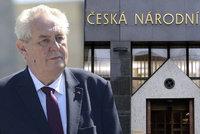 Zeman obmění vedení centrální banky. Do rady ČNB jmenuje Bendu a Nidetzkého