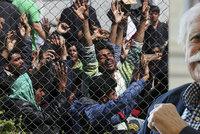 Chmurn� proroctv� zesnul�ho Adolfa Borna (�85): Evropa p�estane existovat, uprchl�ci ji p�ev�lcuj�!