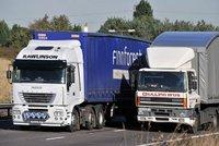 """ODS chce kamioňákům stopnout předjíždění. """"Řidiči nemohou jinak,"""" varuje expert"""