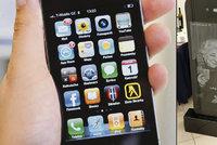 iSmrt: Rusov� si nech�vaj� d�lat n�hrobky, kter� vypadaj� jako iPhony