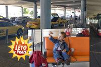MHD, taxi nebo autem: Jak se dostanete na leti�t� V�clava Havla a za kolik?