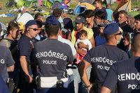 Maďarská policie tluče migranty? Bijí nás pěstmi i obušky, stěžuje si uprchlík