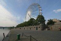 Je to �ern� na b�l�m: Praha 5 podepsala smlouvu na stavbu rusk�ho kola