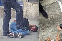 Mu� �to�il ma�etou: V N�mecku zabil jednu �enu, dal�� lidi zranil