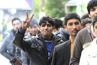 �Trestn� v�prava� N�mc� vyrazila na uprchl�ky. Poprali se kv�li d�tem