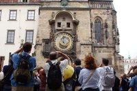 Pra�sk� hotely praskaj� ve �vech: Jak teroristick� �toky ovlivnily turismus?