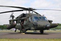 Vrtulníky Černý jestřáb dorazily na Slovensko. Posádky vycvičili Američané