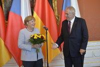 Zeman poslal Merkelové telegram. Co mu k narozeninám popřál čínský prezident?