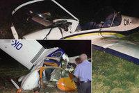 Na Olomoucku se srazila letadla: Pilot je mrtv�, dal�� mu�i jsou zran�n�