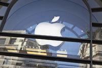 Apple u�et�il na dan�ch 351 miliard, mus� je vr�tit. Irsko mu �nadr�ovalo�