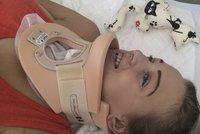 Simonka (17) ochrnula po autonehod�: Do p�te�e j� voperovali implant�t
