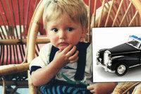 25 let poh�e�ovan�ho chlapce (�1) patrn� p�ejel bagr: Jeho �idi�e te� rodina prokl�n�