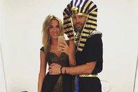 Faraon a jeho Veronika: Takhle J�gr vyvedl p��telkyni na Halloween!