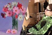 V�stava um�lc� s handicapem: N�dhern� obr�zky malovali pusou �i nohama