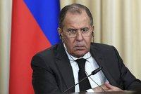 Brusel si chce udobřit Rusko. Sankce proti němu ale zrušit nehodlá