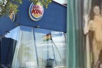 Nadržení čtyřicátníci si to rozdali v restauraci: Když je chytli, odmítli odejít