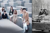 Nevkusná selfíčka u památníku holocaustu proměnil umělec v něco děsivého: Na upravených fotkách lidé pózují přímo v centru dění nacistických hrůz
