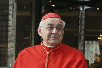 Vnitřní krvácení a převoz do nemocnice: Stav kardinála Vlka se prudce zhoršil