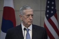 Jaderný útok Kimovy KLDR by vyvolal drtivou odvetu, varoval ministr obrany USA