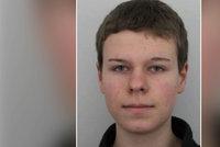 Policie hledá schizofrenika Vojtu (19): Toulá se po Praze a nikomu nevěří