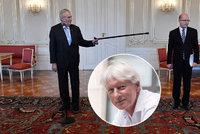 """Zeman potupil Sobotku. """"Tohle si prezident nemůže dovolit,"""" zuří Špaček"""