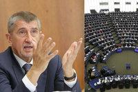 """Brusel řešil Babiše i Zemanovu likvidaci novinářů. """"Stydíme se,"""" řekl Zdechovský"""
