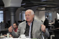 Klaus: V Evropě zuří válka, ohrožuje naše životy a prosperitu. Opusťme EU