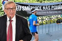 Šéfa EU Junckera před Žofínem vypískali. Se Sobotkou řešil teror a obranu EU