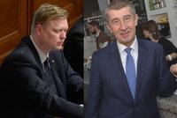 Vládní strany pranýřují EET, kterou samy zavedly. Činí se Bělobrádek i Babiš