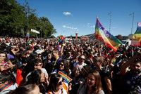 Až milion lidí pochoduje v Madridu za práva gayů. Islamista to chtěl překazit