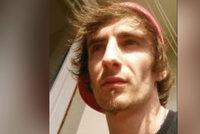 Sedmadvacetiletý Karel se rozloučil s kamarádkou a zmizel: Chce spáchat sebevraždu?
